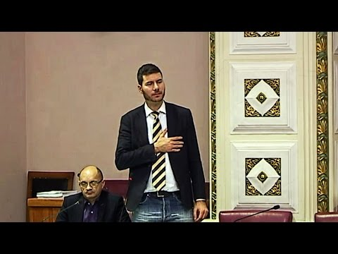 Pernar: 'Izdajnik sam jer sam se slikao s B. Obradovićem? A Kolinda?'