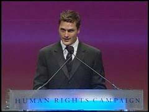 Reichen Lehmkuhl Speaking at HRC National Dinner