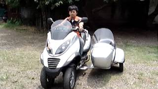 Piaggio MP3 with Sidecar