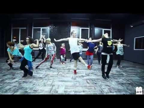 Gloria Estefan - Conga waacking choreography by Denis Stulnikov - Dance Centre Myway