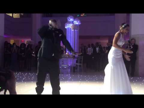 NFL Wedding Father Daughter wedding dance (coolest ever!!)