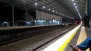 KA Sancaka Sore Melintas Langsung Stasiun Sragen