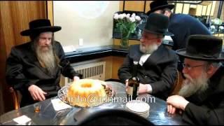 Lelov Nikolsburg Rebbe Visits The Zupnick Residence In Williamsburg - Teves 5774