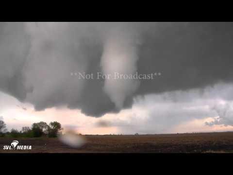Josh Alecci - 5 Mi E of Fairfield, Nebraska - Tornado Debris/Structure/Time Lapse - May 9th, 2016