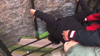 How to Visit the Blarney Stone // Blarney Castle Ireland