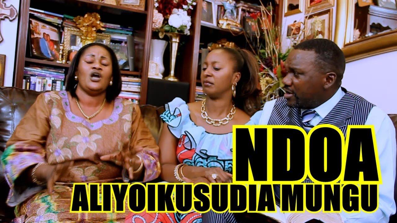 Download Ndoa aliyoikusudia Mungu: Mafundisho ya ndoa by Upendo Nkone, akiwa na Pastor Donis na Nnunu Nkone