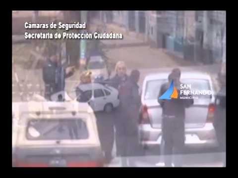 Espectacular choque de dos autos en San Fernando