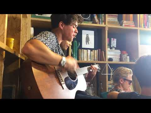 The Vamps - Sad Song acoustic in Brazil