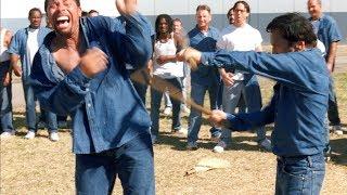 쿵푸로 교도소 흉악범들을 쓸어버리는 영화