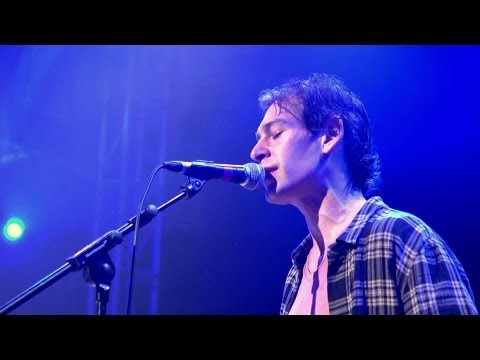 "Matisyahu ""Live Like A Warrior/Fast Car (Tracy Chapman Cover) - Acoustic""  - 02, London"