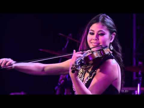 Yanni Felitsa - Live At El Morro HD
