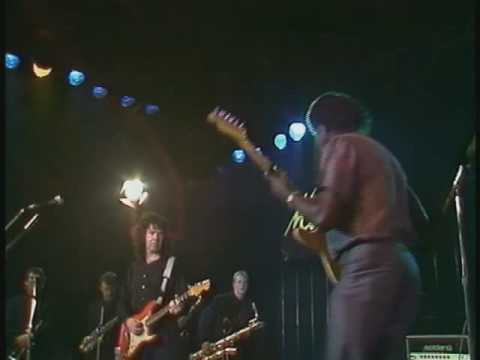 Gary Moore & Albert Collins 'Cold Cold Feeling' live (HQ)