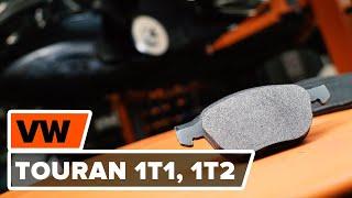 Kaip pakeisti priekiniai stabdžių diskai ir priekinių stabdžių kaladėlės VW TOURAN 1T1, 1T2 [PAMOKA]