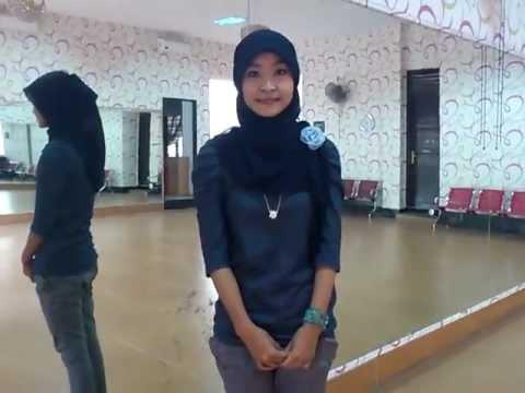 Gita Gutawa   To Be One Sign Language IPY 38th SSEAYP