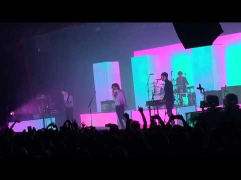 Change Of Heart - The 1975 -  12/14/15