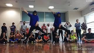Despacito Dance Cover by Ricki & Sarang 2017 - Insane Performance !!