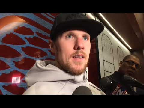 Jimmy Howard keys Red Wings' winning streak