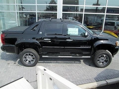 Lifted 2013 Chevy Avalanche LTZ Southern Comfort ...