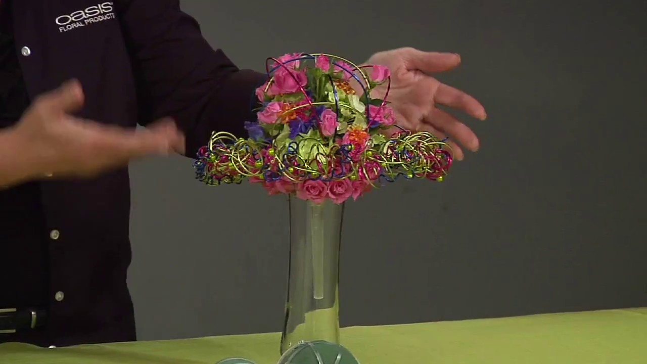 OASIS Wedding Belle Bouquet Holders - Clear - YouTube