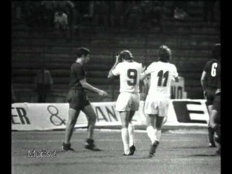 Florea Dumitrache in actiune in Dinamo - Real Madrid 1-0 (1975)