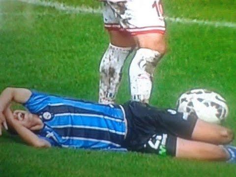 ¡Qué impresión! Desgarradora fractura de rodilla