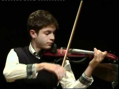 Federico Mecozzi -violino-