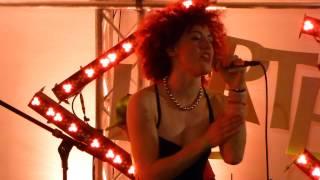 MarieMarie - Cotton Candy Hurricane - live @Variété Liberté Maienzeit Carrée Munich 2014-05-23