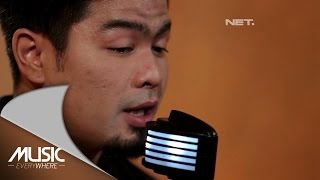 Video Bams  - Kenangan Terindah (Samsons Cover) (Live at Music Everywhere) * download MP3, 3GP, MP4, WEBM, AVI, FLV Oktober 2017