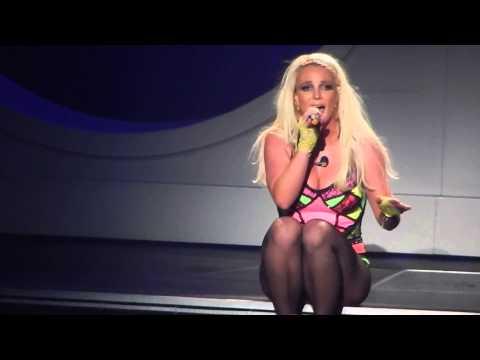 """Britney Spears - """"Alien"""" - Piece of Me 8/28/14"""