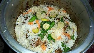 Chicken biryani with simple spices Maria