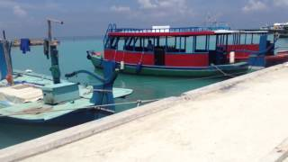 10 Ferry arrival in Maafushi