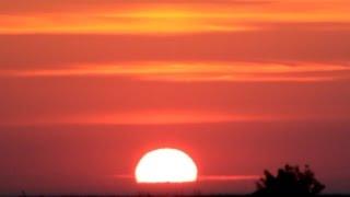 солнце встает - рассвет