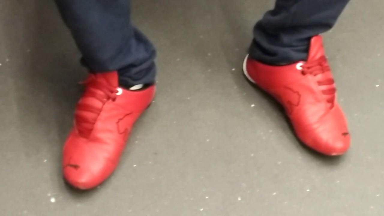 5142a235730 Puma Future cat red in the train - YouTube