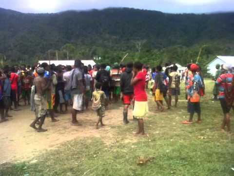 Papua _Yali yungkul