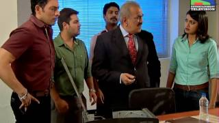 CID - Teen Mujrim - Episode 979 - 19th July 2013
