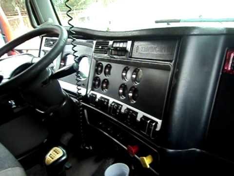 Interior Kenworth T800 Tipico