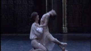 Balcony scene, Romeo's variation and Love Dance. Ferri/Corella.