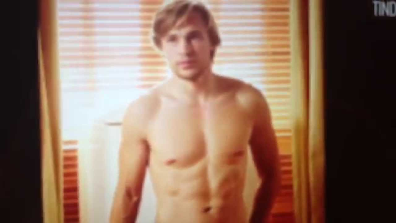 William Moseley Wiki, Girlfriend, Dating or Gay, Shirtless