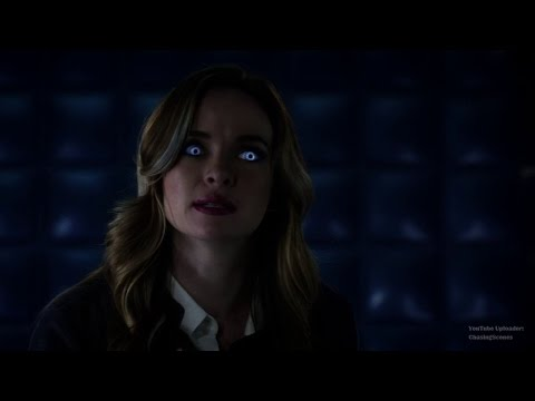 The Flash 3x07: Barry & Caitlin #4 (Killer Frost: You did this to me!)