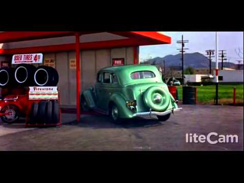 Jerry Lewis : The Family Jewels 1965 Gas Station