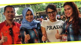 DUNIA HOBI : Artis Sexy Yeyen Lidya Protes Lomba Burung Berkicau Di Jakarta Cup 2015