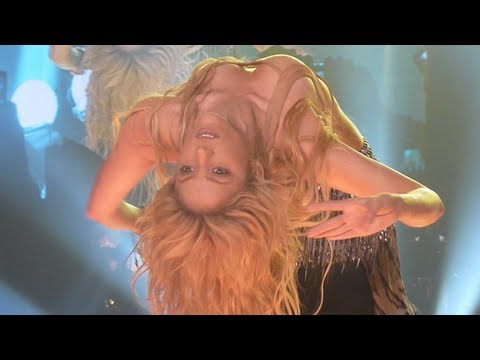 Shakira belly dancing, Ojos Asi (Antwerp,...