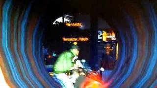 GTA4(Grand Theft Auto 4)のマルチプレイにて 土管の中でサーカスをし...