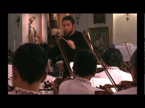 Suite Holberg - Prelude  /  Orquesta San Jose de Chiquitos (Bolivia)