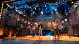 Colbie Caillat   Brighter Than The Sun (The Tonight Show 14 07 2011)