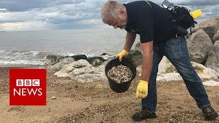 The plastic smokers leave behind - BBC News