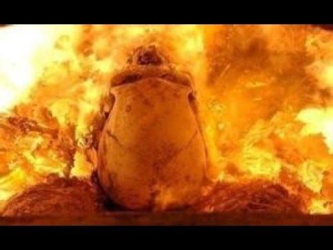 Inilah proses kremasi pembakaran mayat umat agama hindu dengan api yang membara.. Mp3