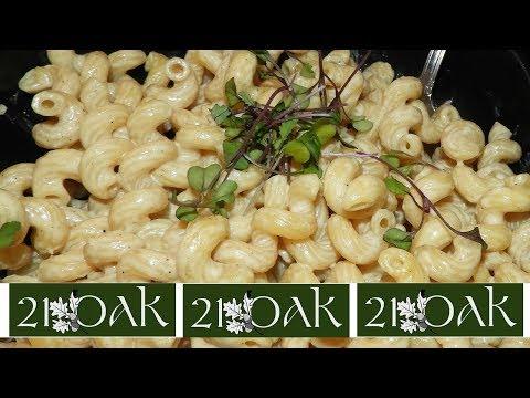 21 OAK Manchester CT Vegan Restaurant Tour, Menu & Food Review!