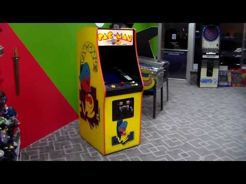 Midway's 1980 Pac-Man Arcade Game - NOT Destroyed Or Sawed In Half!