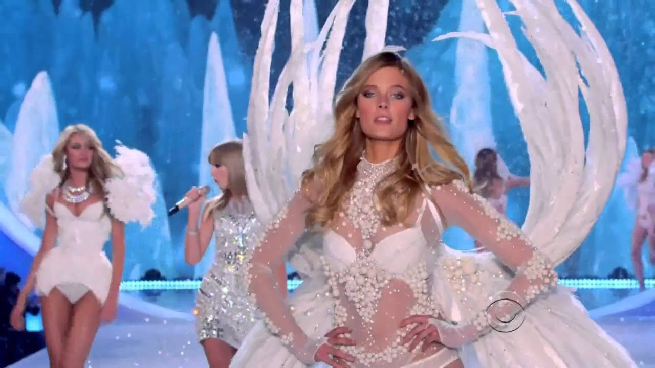 Taylor Swift The Victoria 39 S Secret Fashion Show 2013 Youtube